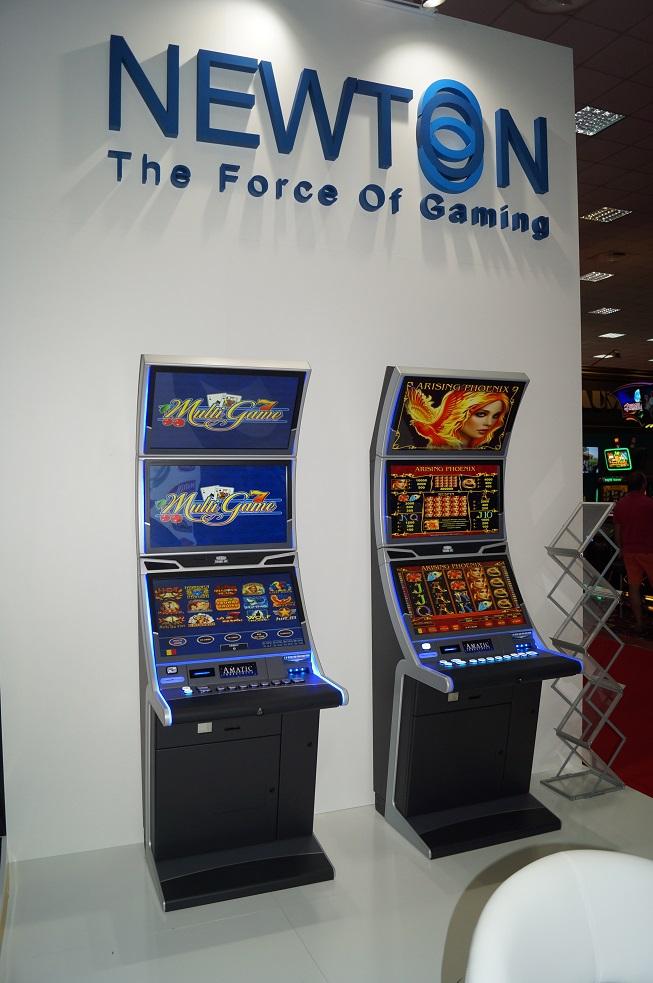 Newton slot game